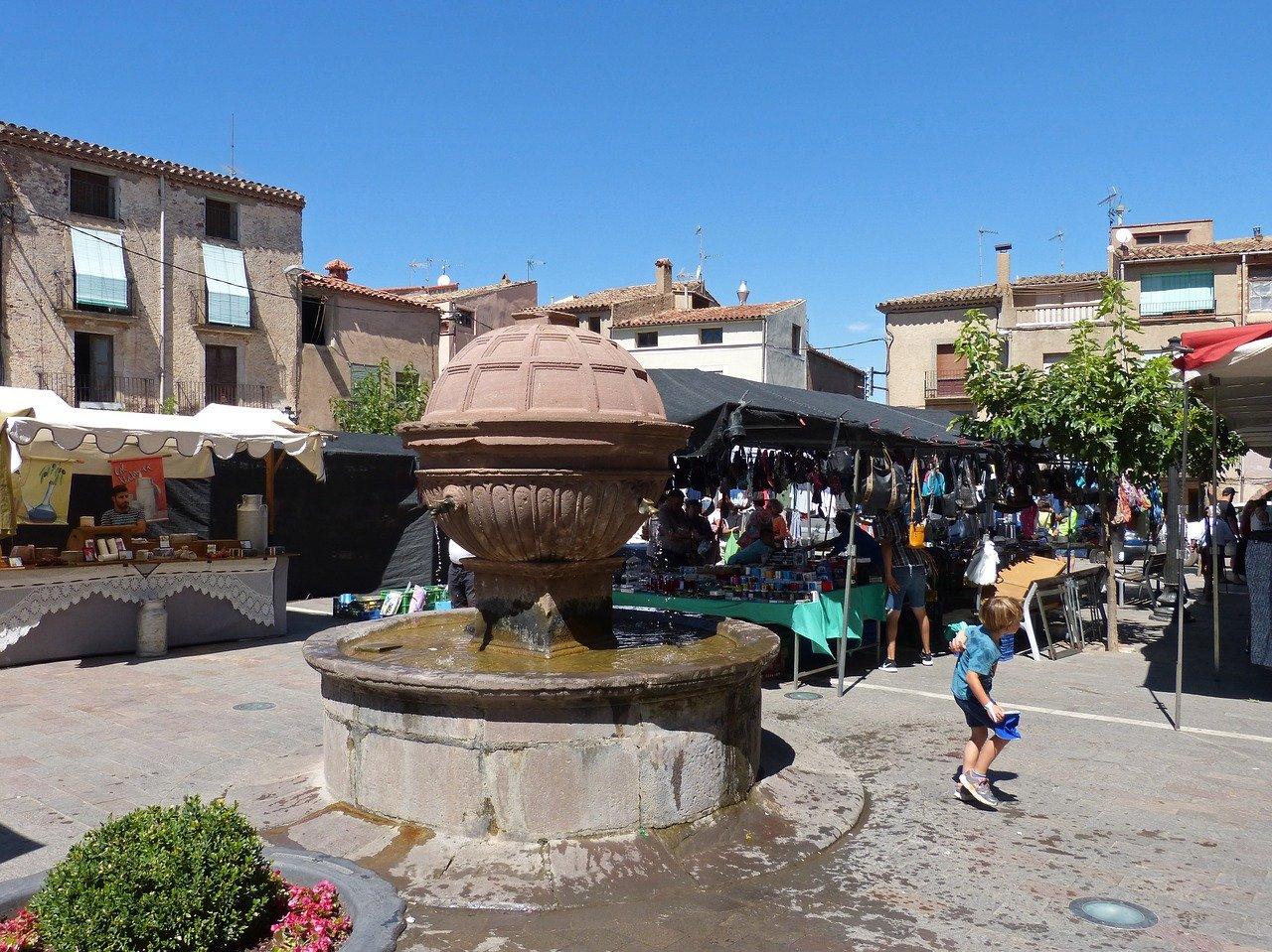 place du marché à Prades