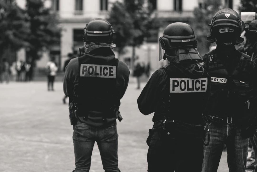 police cannabis interpellation